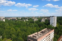 Sunny day in Pripyat with the new New Safe Confinement in the back