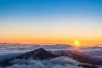 Sunrise above the clouds in Maui