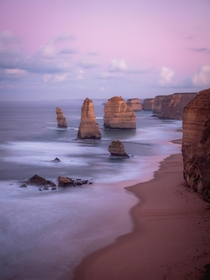Sunrise Apostles - Great Ocean Road Australia  IG andyescapes