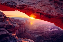 Sunrise at Mesa Arch by Gene Horecka IG genefever - Canyonlands National Park UT