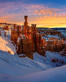 Sunrise at Thors Hammer Bryce Canyon National Park