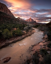 Sunrise at Zion National Park IgJamesliuu