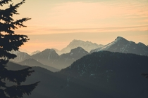Sunrise hikes have always been my favourite Sunrise over Garibaldi provincial park