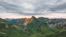 Sunrise in the Austrian alps OC   nicoshoot