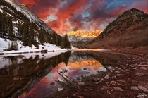 Sunrise over Maroon Bells Colorado