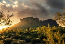 Sunrise over the Superstition Mountains in Arizona