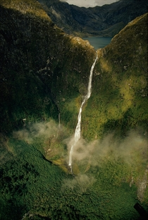 Sutherland Falls -foot drop in New Zealand