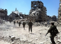Syrian Arab Army advancing in Homs amongst ruins - xpost rsyriancivilwar