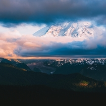 Tahoma bidding the day goodbye Mt Rainier Washington