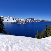 Thanks Oregon and Reddit for bringing us here Got lucky to have such a beautiful day Crater Lake National Park