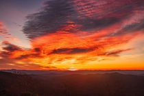 Thanksgiving day sunrise on the Blue Ridge Mountains  x
