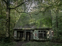 The abandoned suicide house in the forest