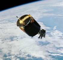 The Astronaut Who Captured a Satellite Astronaut Dale A Gardner flies free using the Manned Maneuvering Unit and begins to attach a control device to the malfunctioning Westar  satellite in