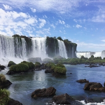 The beautiful desktop-wallpaper-like Iguazu Falls Brazil