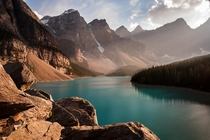 The beautiful Moraine Lake in Banff Canada Photo by Dominic Walter