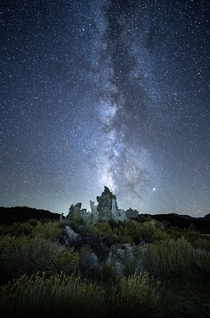 The beautiful night sky over Mono Lake
