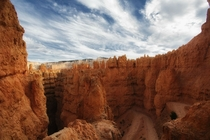 The beginning descent into the Navajo Trail - Bryce Canyon National Park Utah