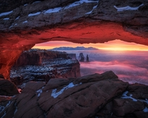 The Burning Window - Canyonlands National ParkUtah  x