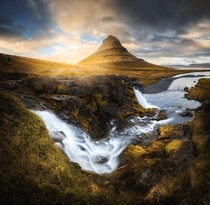 The classic view of Kirkjufell just outside of the small town Grundarfjrur  tristantodd