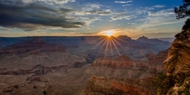 The Grand Canyon Sunrise from Ooh-Ah point on the Kabob Trail