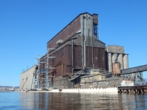 The Great Northern Grain Elevator S The largest grain elevator in the world when it was built in  and still in use today Superior WI