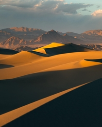 The hottest sunset Ive ever photographed  Degrees in Death Valley National Park