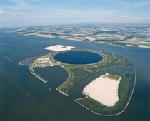 The IJsseloog IJssel eye is an artificial island in the Ketelmeer province of Flevoland the Netherlands used as a depository to store polluted silt Most of the polluted silt was deposited in the Ketelmeer by the IJssel river between  and