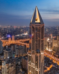 The JW Marriott Hotel Shanghai at Tomorrow Square Photo by AaronShao aka aaronshaw