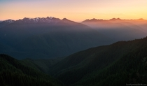 The last rays of light set over the mountains in Olympic National Park WA