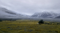 The misty mountains - The Turkey Flats New Zealand  ig everydayescapesgallery