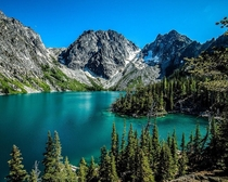 The most gorgeous lake in the state of Washington USA  chileno_hikertron