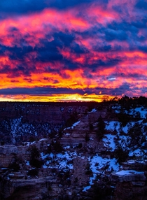 The most incredible sunrise Ive ever seen Grand Canyon National Park Arizona  OC