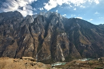 The mountain overlooking Tiger Leaping Gorge China