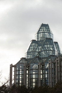 The National Gallery of Canada Great Hall - By Moshe Safdie  album in comments