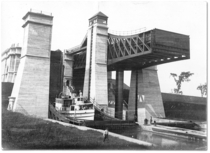 The Peterborough Canada Liftlocks  The highest dual boat lifts in the world even to this day