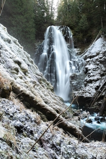 The Queen in her winter dress - Gifford Pinchot National Forest