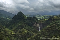 The secluded San Maria Waterfalls Caldas Colombia  Photo by Thomas Dawson