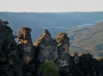 The Three Sisters Early morning in the Blue Mountains by Anna April-Ross  x-post rAustralia