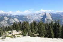 The view from Sentinel Dome at Yosemite National Park