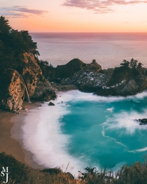 There are no words for this beautiful scene at McWay Falls California USA  IG mysuitcasejourneys
