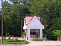 This abandoned drive-thru only McDonalds in my town Topeka KS