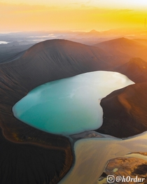 This crater lake in Iceland merges with a powerful glacial river One of the most surreal sunrises Ive ever experienced video in the comments - Highlands of Iceland  - Instagram hrdur