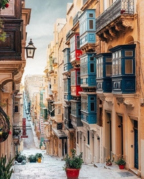 This is not a movie set its Valetta in Malta
