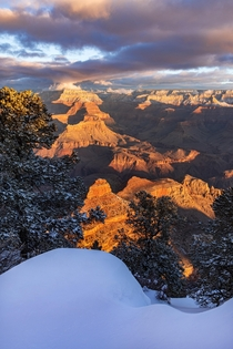 This mornings icy-cold sunrise at Yaki Point Arizona