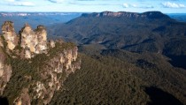 Three Sisters Blue Mountains World Heritage area NSW Australia