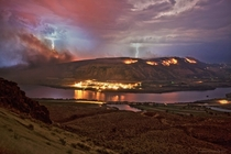 Thunderstorm and fires in Wenatchee Washington courtesy of Cushman photography