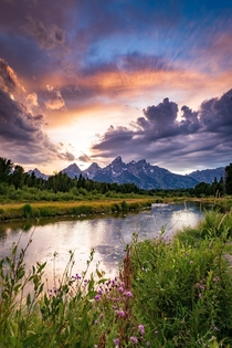Thunderstorms made way for some dramatic skies last summer Also can you spot Kanye Grand Teton National Park  IG travlonghorns