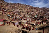 Tibetan Nun Colony Photo by Wu Jianjiang