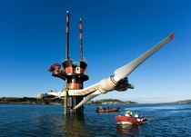Tidal power turbines