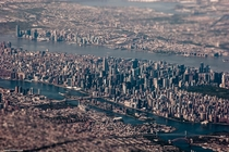 Tilt-shift aerial of New York City by Tim Sklyarov OS